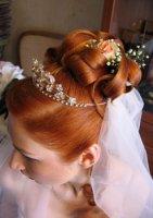 Свадебная прическа c цветами