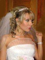 свадебная прическа c диадемой